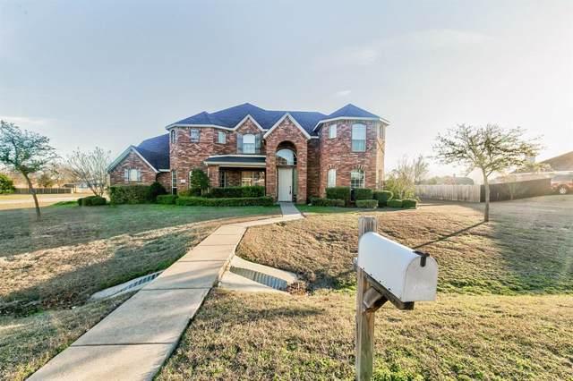 8660 Mattie Lane, Waxahachie, TX 75167 (MLS #14265799) :: Century 21 Judge Fite Company