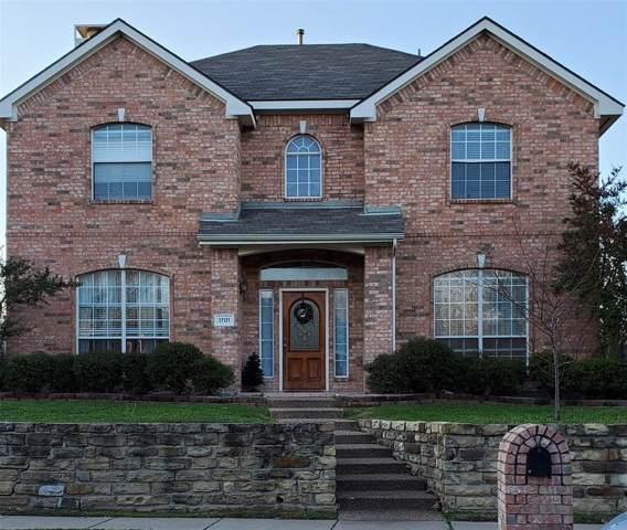 1701 Hollow Creek Court, Garland, TX 75040 (MLS #14265887) :: The Kimberly Davis Group