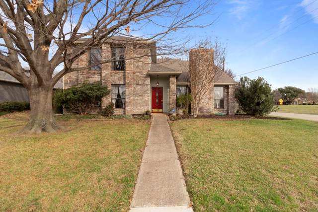 2037 Espinosa Drive, Carrollton, TX 75010 (MLS #14265970) :: Vibrant Real Estate
