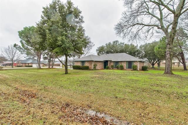 2828 Whispering Creek Lane, Burleson, TX 76028 (MLS #14266137) :: Century 21 Judge Fite Company