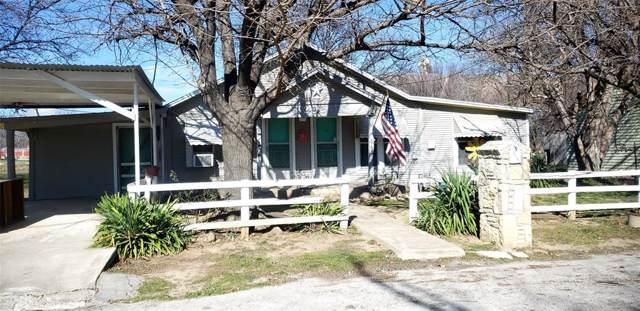 203 E Fleming Avenue, Comanche, TX 76442 (MLS #14266199) :: The Kimberly Davis Group