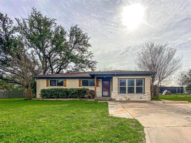 611 Crestview Drive, Granbury, TX 76048 (MLS #14266369) :: Vibrant Real Estate