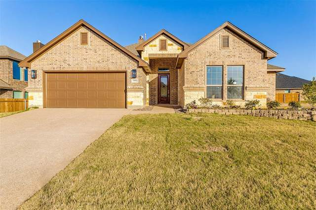 11004 Trail Ridge Drive, Benbrook, TX 76126 (MLS #14266384) :: Potts Realty Group