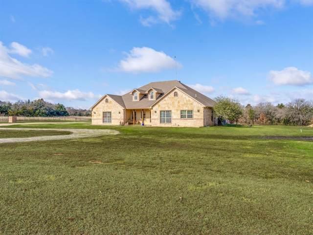 914 Cemetery Road, Decatur, TX 76234 (MLS #14266393) :: The Mauelshagen Group