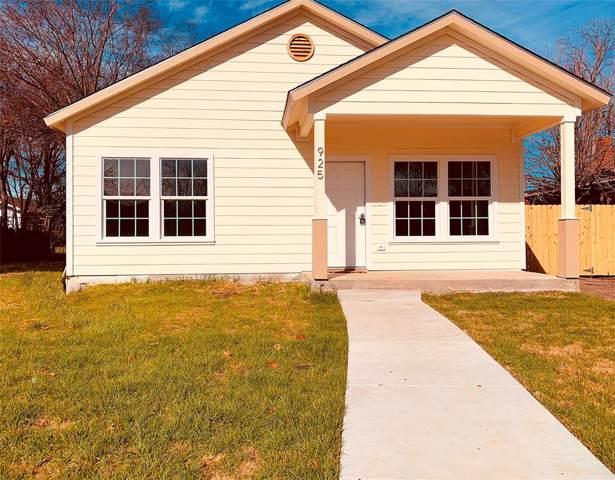 925 E Mulkey Street, Fort Worth, TX 76104 (MLS #14266538) :: Trinity Premier Properties