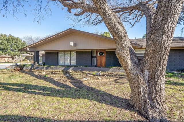 2973 N Sunbeck Circle, Farmers Branch, TX 75234 (MLS #14266597) :: The Chad Smith Team