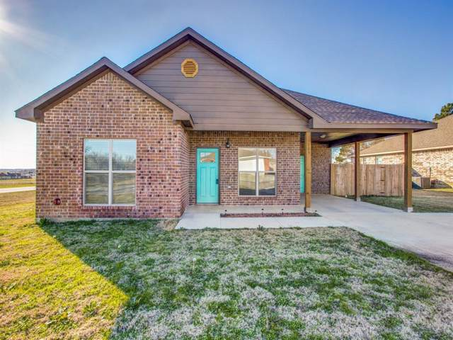 105 Sarah Court, Collinsville, TX 76233 (MLS #14266763) :: RE/MAX Pinnacle Group REALTORS