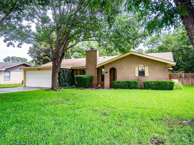 1702 18th Street, Brownwood, TX 76801 (MLS #14267004) :: The Mauelshagen Group