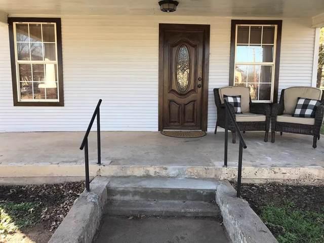 209 N Stratton Street, Seymour, TX 76380 (MLS #14267297) :: Team Hodnett
