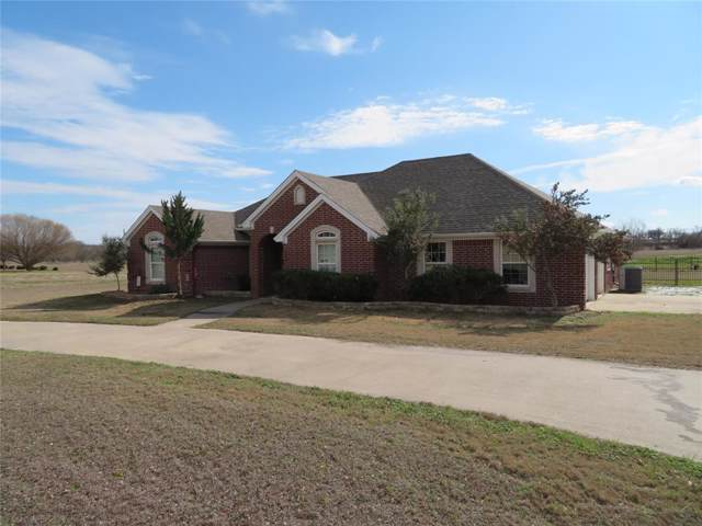 805 Beach Road, Bowie, TX 76230 (MLS #14267581) :: Real Estate By Design