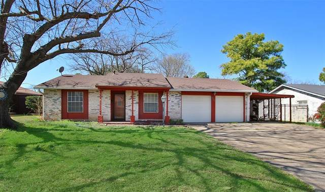 303 Carter Drive, Euless, TX 76039 (MLS #14267714) :: The Chad Smith Team