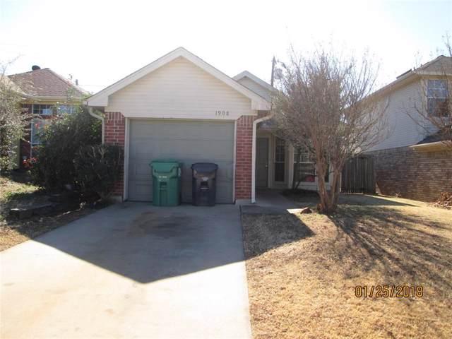 1908 Lee Drive, Denton, TX 76209 (MLS #14268021) :: The Mauelshagen Group