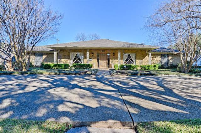3807 Alta Vista Lane, Dallas, TX 75229 (MLS #14268176) :: Century 21 Judge Fite Company