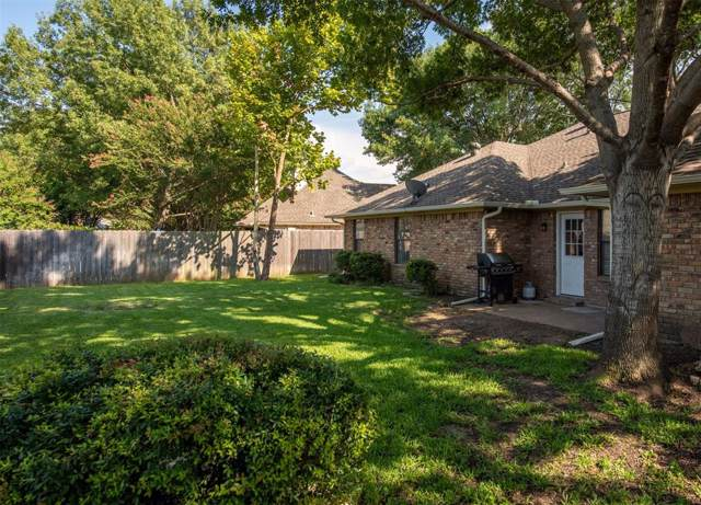1531 Pickwick Lane, Denton, TX 76209 (MLS #14268417) :: The Rhodes Team