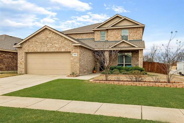 1826 Fairweather Drive, Princeton, TX 75407 (MLS #14268628) :: Team Tiller