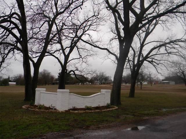 153 Golden Road, Sherman, TX 75090 (MLS #14269061) :: Century 21 Judge Fite Company