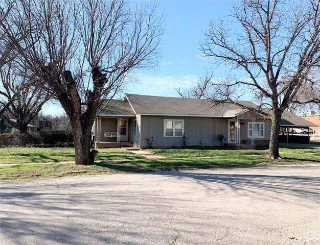 1011 N Rose Avenue, Breckenridge, TX 76424 (MLS #14269497) :: The Kimberly Davis Group
