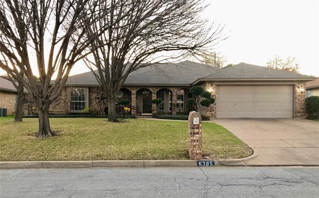 6705 Riviera Drive, North Richland Hills, TX 76180 (MLS #14269517) :: The Mauelshagen Group