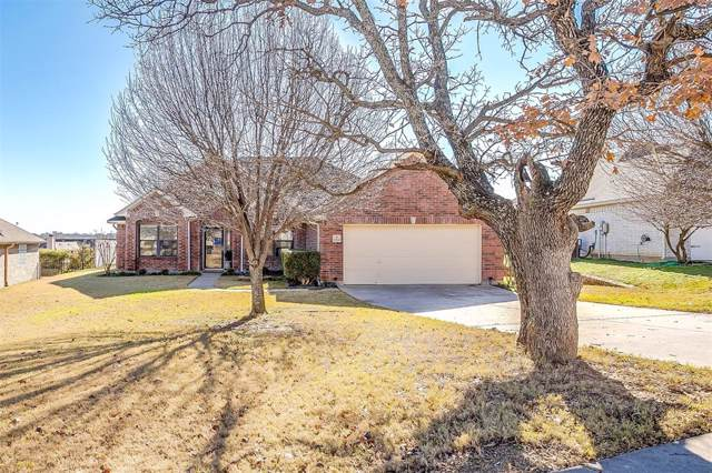2729 Pinnacle Drive, Burleson, TX 76028 (MLS #14269561) :: The Mitchell Group