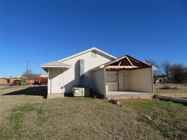 802 Kent Avenue, Tuscola, TX 79562 (MLS #14269594) :: The Mauelshagen Group