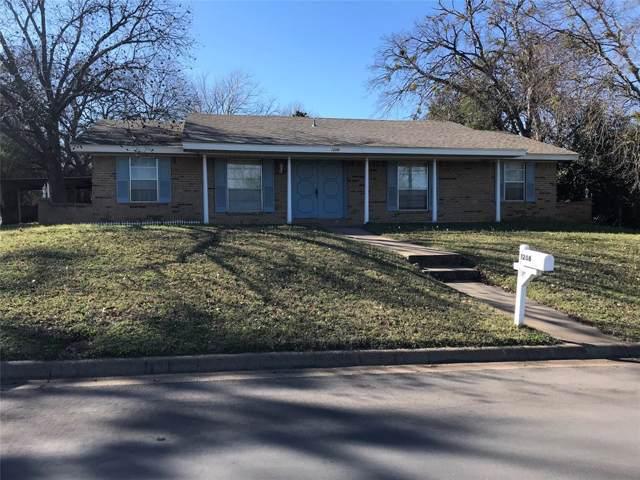 1208 Foster Lane, Weatherford, TX 76086 (MLS #14269735) :: Trinity Premier Properties