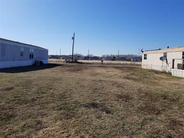 412 Country Living Drive, Newark, TX 76071 (MLS #14270052) :: Trinity Premier Properties