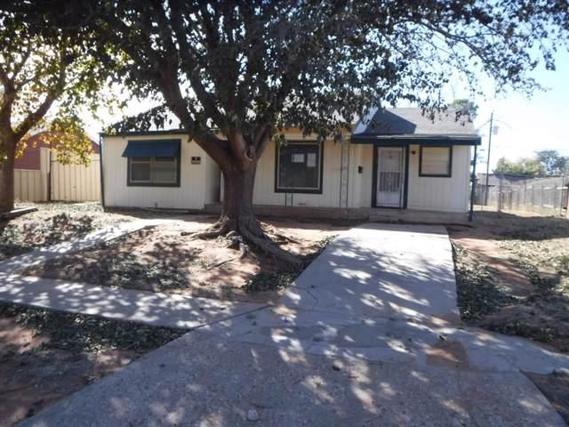 907 3rd Street, Andrews, TX 79714 (MLS #14271878) :: Potts Realty Group