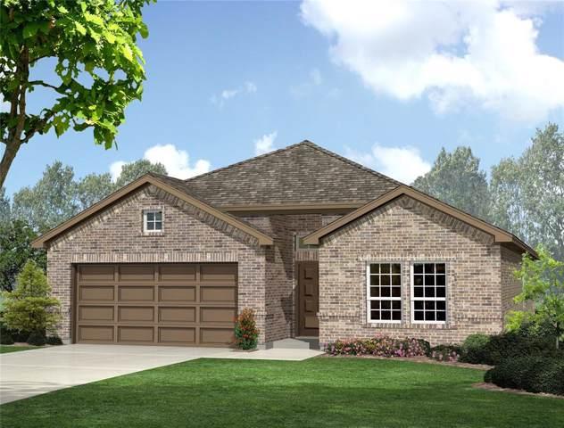 552 Pendennis Drive, Saginaw, TX 76131 (MLS #14273195) :: Potts Realty Group