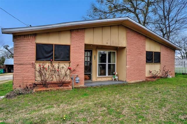 514 W Walcott Street, Pilot Point, TX 76258 (MLS #14274008) :: Frankie Arthur Real Estate