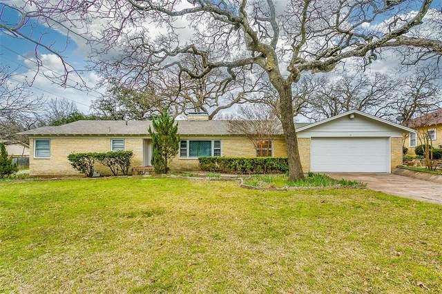 501 W Simmons Street, Weatherford, TX 76086 (MLS #14274137) :: The Heyl Group at Keller Williams