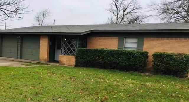 2809 Vassar Drive, Irving, TX 75062 (MLS #14274398) :: The Kimberly Davis Group
