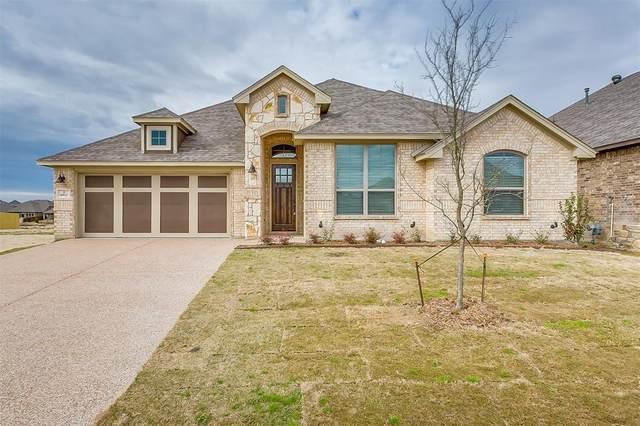 6812 Fire Dance Drive, Benbrook, TX 76126 (MLS #14274709) :: Potts Realty Group