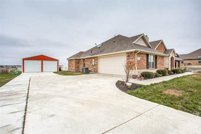 222 County Rd 4430, Rhome, TX 76078 (MLS #14275056) :: The Kimberly Davis Group