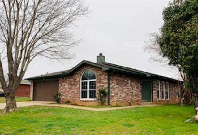 9246 Crimnson Court, Dallas, TX 75217 (MLS #14275100) :: Caine Premier Properties