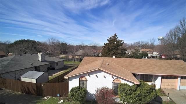 205 Rhineland Road, Benbrook, TX 76126 (MLS #14275158) :: Ann Carr Real Estate