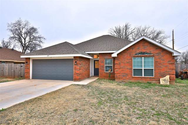 317 3rd Street, Tuscola, TX 79562 (MLS #14275280) :: Ann Carr Real Estate