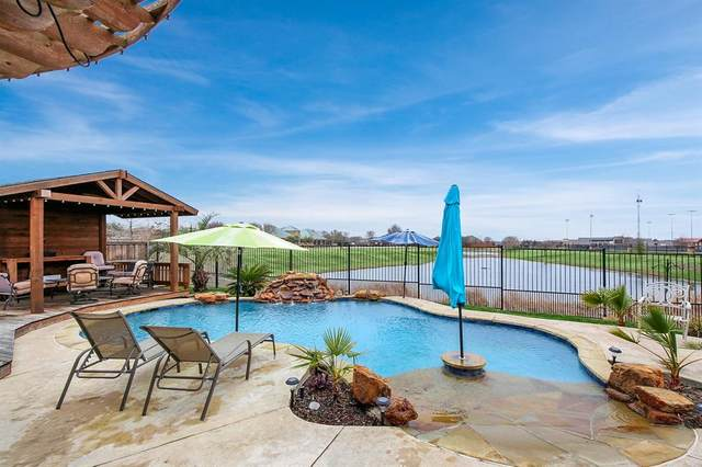 906 Dancing Waters, Forney, TX 75126 (MLS #14275492) :: Potts Realty Group