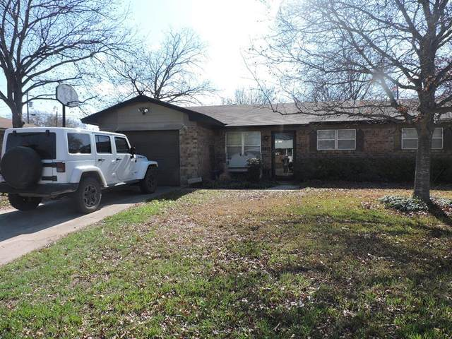 3817 Crestridge Drive, Brownwood, TX 76801 (MLS #14276201) :: Team Tiller
