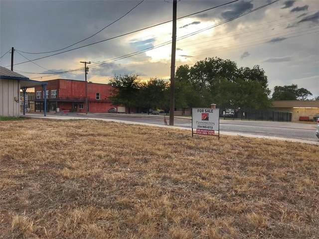 314 E Criner Street, Grandview, TX 76050 (MLS #14276604) :: The Chad Smith Team