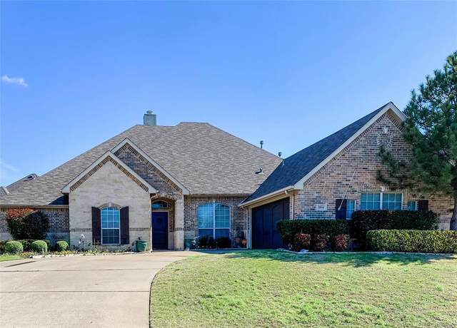 1804 Lakes Edge Boulevard, Mansfield, TX 76063 (MLS #14276724) :: Robbins Real Estate Group