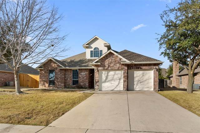 13556 Leather Strap Drive, Fort Worth, TX 76052 (MLS #14277331) :: Potts Realty Group