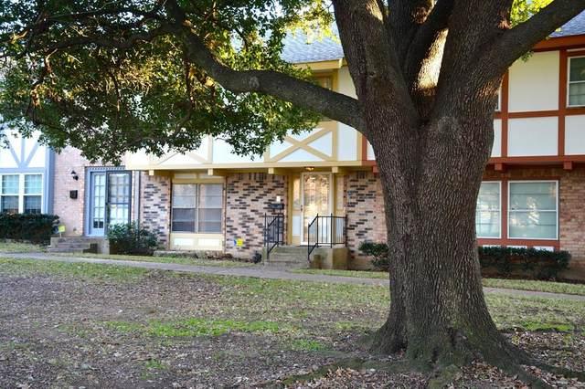 382 Westview Terrace, Arlington, TX 76013 (MLS #14277358) :: Robbins Real Estate Group