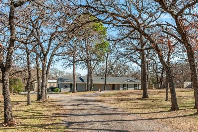 3063 E Trailwood Drive, Burleson, TX 76028 (MLS #14277557) :: The Hornburg Real Estate Group