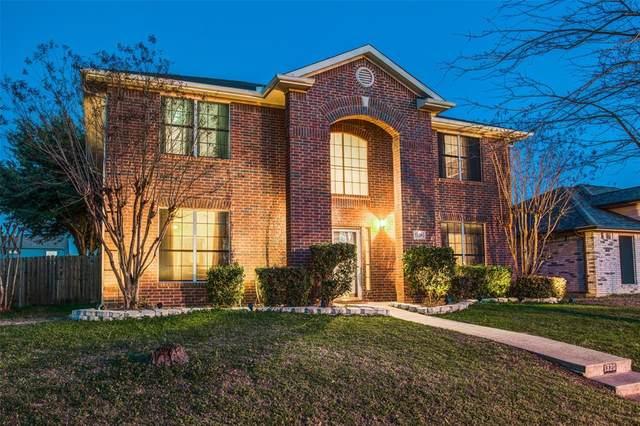 1320 Scott Drive, Cedar Hill, TX 75104 (MLS #14277600) :: The Kimberly Davis Group