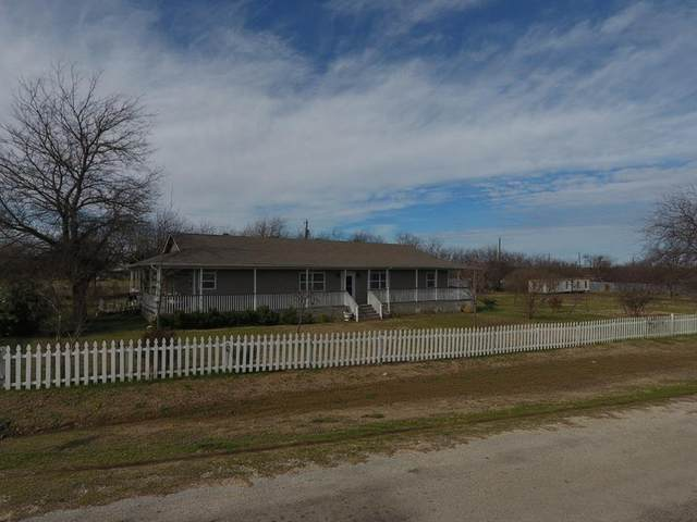 12933 Corrida Lane, Sanger, TX 76266 (MLS #14277709) :: Team Tiller