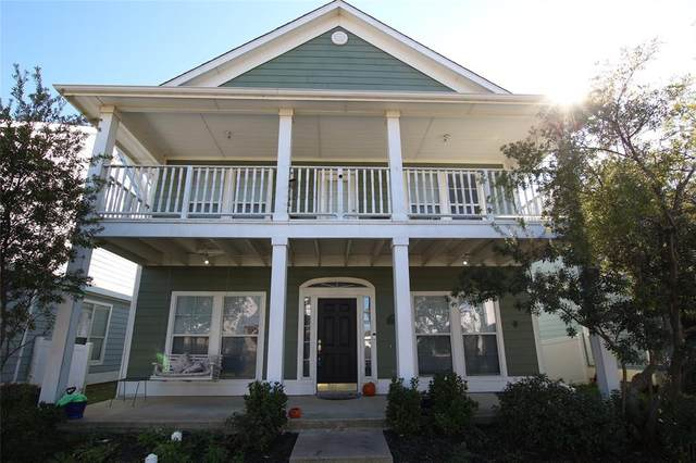 10216 Franklin Drive, Providence Village, TX 76227 (MLS #14278032) :: Trinity Premier Properties