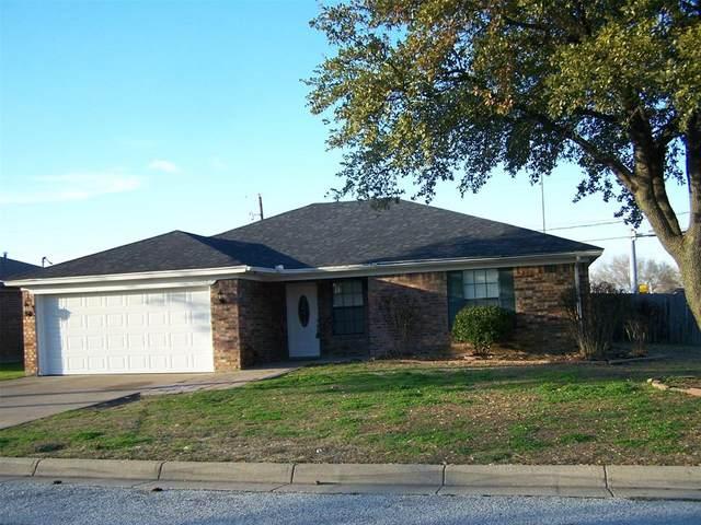 1009 Mapleview Drive, Arlington, TX 76018 (MLS #14278485) :: Team Hodnett