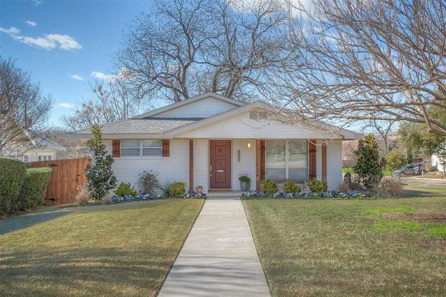 2100 Carleton Avenue, Fort Worth, TX 76107 (MLS #14278535) :: The Chad Smith Team