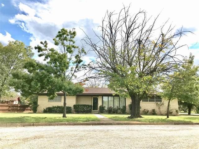 704 N Westwood, Breckenridge, TX 76424 (MLS #14278718) :: Trinity Premier Properties