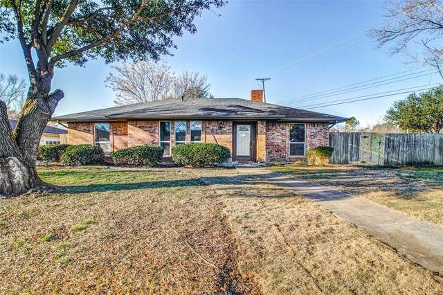 2321 Yorkshire Street, Denton, TX 76209 (MLS #14278918) :: SubZero Realty